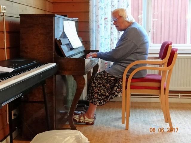 14.Finnåker - musikunderhållning